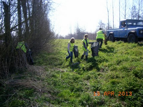 Trent Bank Clean Up (10)