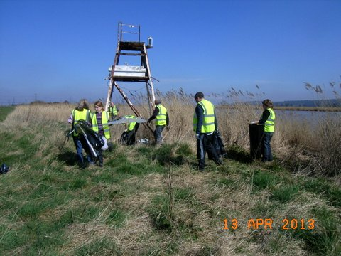 Trent Bank Clean Up (16)